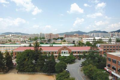 광주교육대학교 본관  (국가등록문화재 제97호)이미지